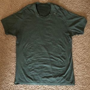 Lulu Lemon Mens dri-fit tshirt.